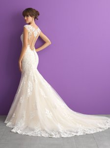 Allure Bridals Ivory/Nude/Silver Lace Applique 3003 Traditional Wedding Dress Size 8 (M)