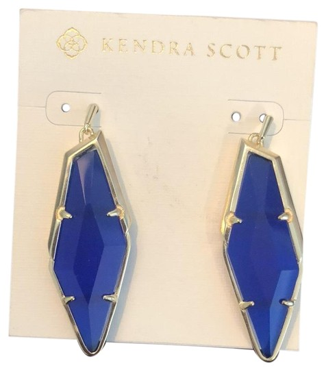 Preload https://img-static.tradesy.com/item/23864916/blue-earrings-0-1-540-540.jpg