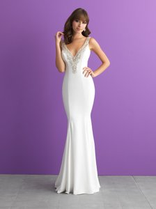 Allure Bridals Ivory/Nude/Silver Beaded Crepe 3013 Sexy Wedding Dress Size 6 (S)