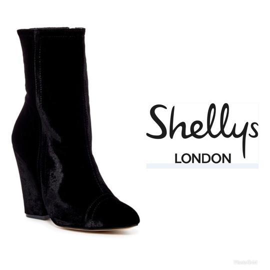 Preload https://img-static.tradesy.com/item/23865139/shellys-london-black-tater-velvet-bootsbooties-size-us-85-regular-m-b-0-0-540-540.jpg