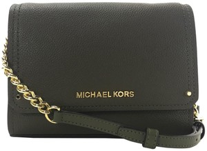 37ef5414edf16c Michael Kors Green Bags - Up to 90% off at Tradesy (Page 5)