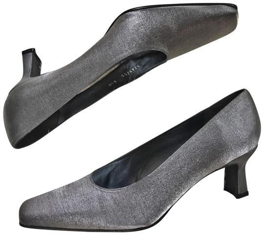 Preload https://img-static.tradesy.com/item/23866239/stuart-weitzman-silver-gunmetal-gray-shimmer-pumps-formal-shoes-size-us-95-regular-m-b-0-1-540-540.jpg