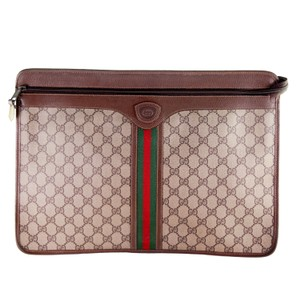 193ad1dbf Gucci Messenger Bags - Up to 70% off at Tradesy (Page 4)