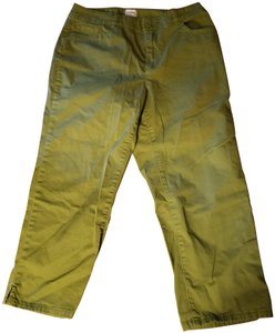 Chico's Excellent Condition No Spots Or Stains Capris Olive green