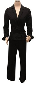 Zenobia pants suit