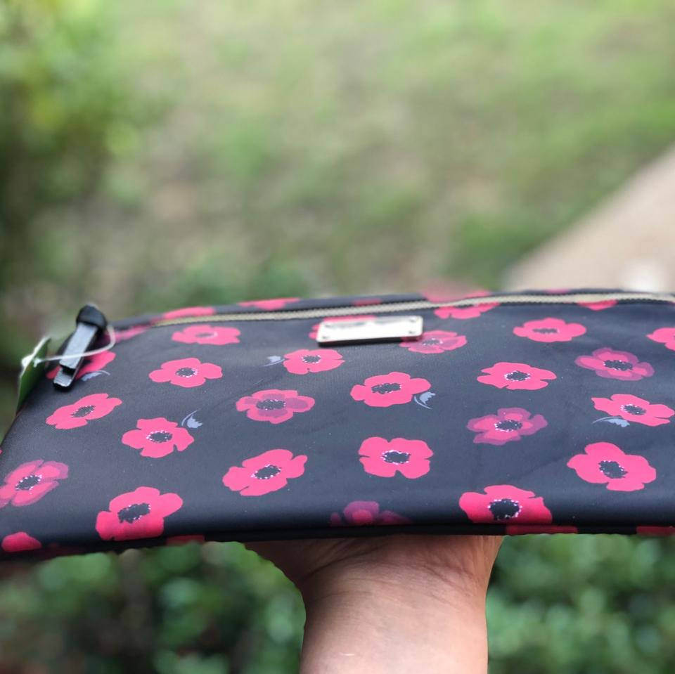 fb9af53e6d Kate Spade Large Drewe Wilson Road Mini Poppy Zip Pouch Clutch Black ...