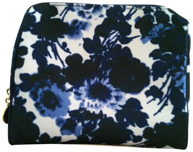Item - Blue and White Cosmetic Bag