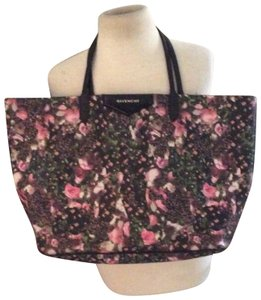 d4a44aa5ab Multicolor Givenchy Totes - Up to 90% off at Tradesy