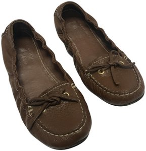 The Original Car Shoe Cognac Flats