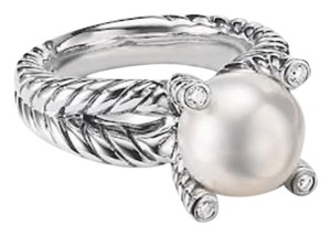 David Yurman GORGEOUS! David Yurman Cable Pearl and Diamond Ring Sterling Silver 10mm Freshwater White Pearl 0.05 carat Total Weight Pave Diamonds 4mm Split Shank Size 7 100% Authentic Guaranteed!! Comes with Original David Yurman Pouch!!