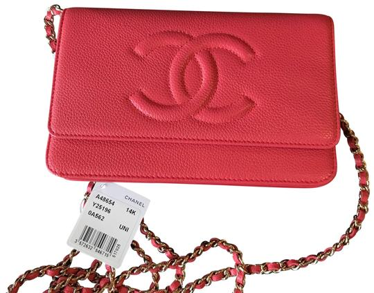 Preload https://img-static.tradesy.com/item/23871690/chanel-timeless-wallet-on-chain-new-cc-caviar-gold-hw-coral-leather-cross-body-bag-0-1-540-540.jpg
