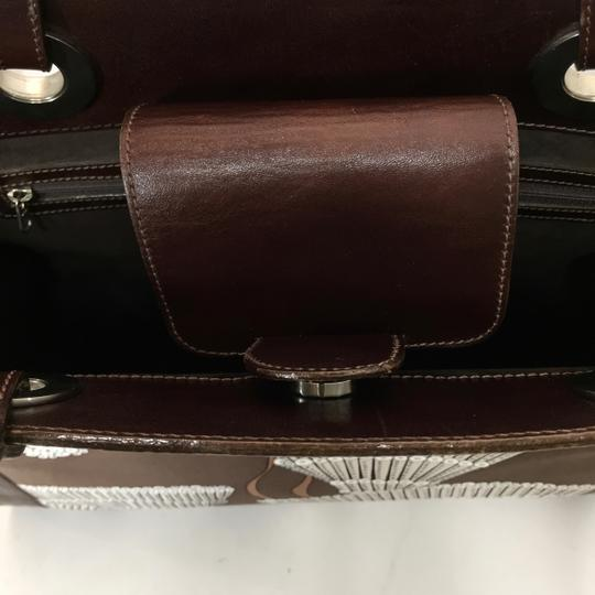 Agnes & Hoss Leather Silk Tote in Dark Brown and White Image 6