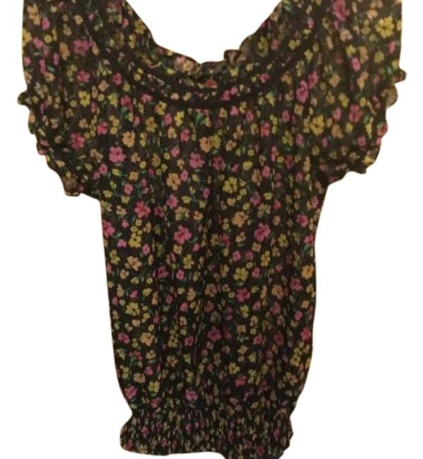 Preload https://img-static.tradesy.com/item/23872409/black-and-pink-cute-gathered-and-flowers-blouse-size-10-m-0-1-650-650.jpg