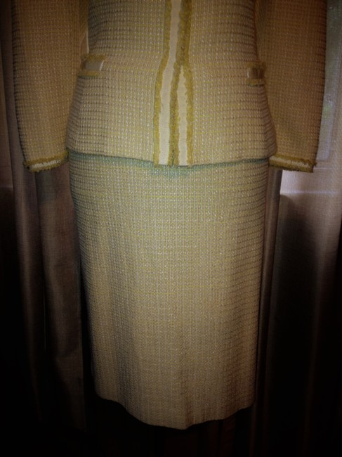 Tahari Yellow and White Tweed Tailored Lined Suit Image 2