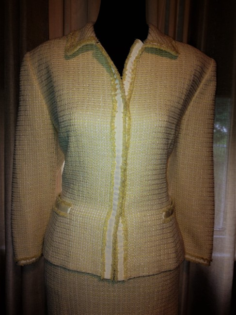 Tahari Yellow and White Tweed Tailored Lined Suit Image 4