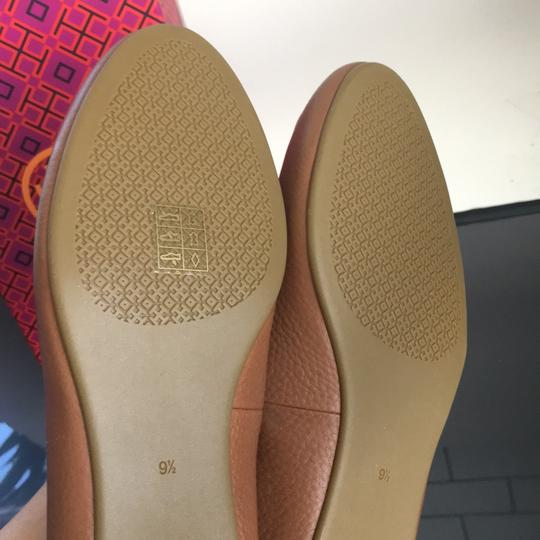 Tory Burch tan Flats Image 10