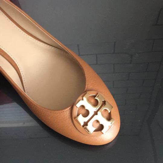 Tory Burch tan Flats Image 3