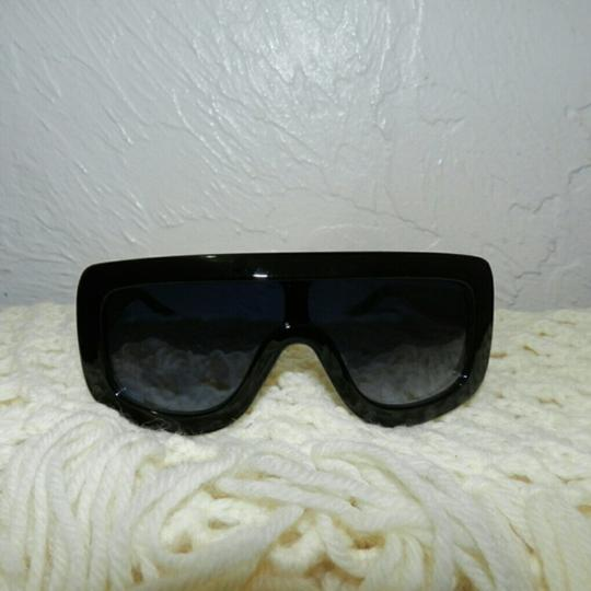 Other Sunglasses Image 1