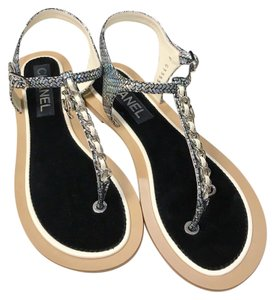 c56f08452 Chanel Chain Chain Thong Chain Slides Size 39 Silver Ivory Sandals
