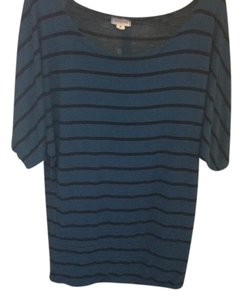 Zenna Outfitters Top Blue and Black