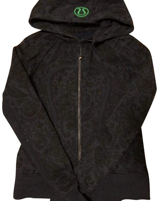 Preload https://img-static.tradesy.com/item/23872964/lululemon-navy-with-black-paisley-scuba-hoodie-activewear-jacket-size-6-s-0-1-650-650.jpg