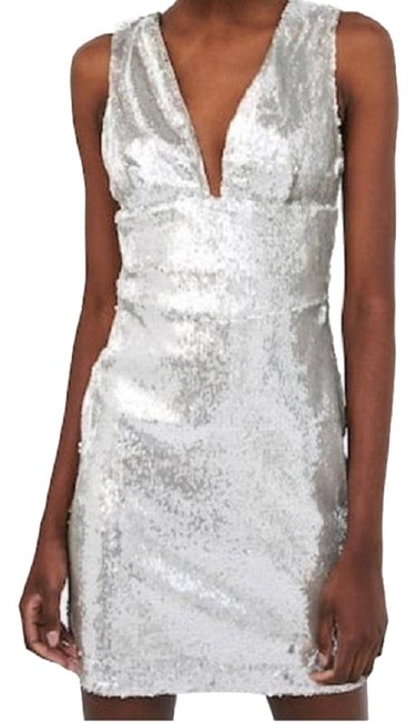 Preload https://img-static.tradesy.com/item/23873522/zara-silver-sequin-med-and-small-available-mid-length-short-casual-dress-size-8-m-0-1-650-650.jpg