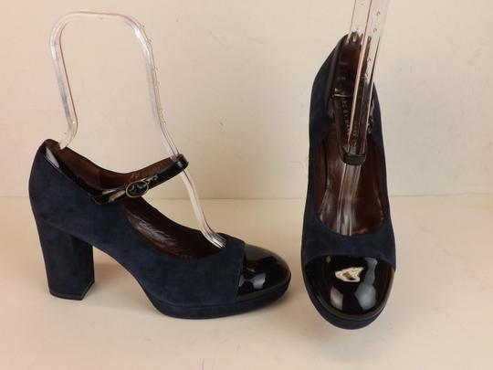 Marc by Marc Jacobs Ankle Strap Classic Heels Navy Patent Blue Pumps Image 3