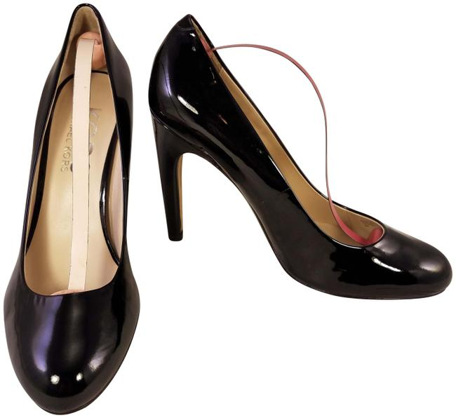 Item - Black Classics Patent Leather Pumps Size US 8 Regular (M, B)