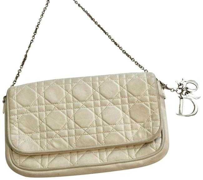 Item - Lady Cannage Off White Lambskin Leather Cross Body Bag