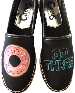 Sam Edelman Circus 8.5m Donut Go There New Black with Humorous Applique --New in the box Flats