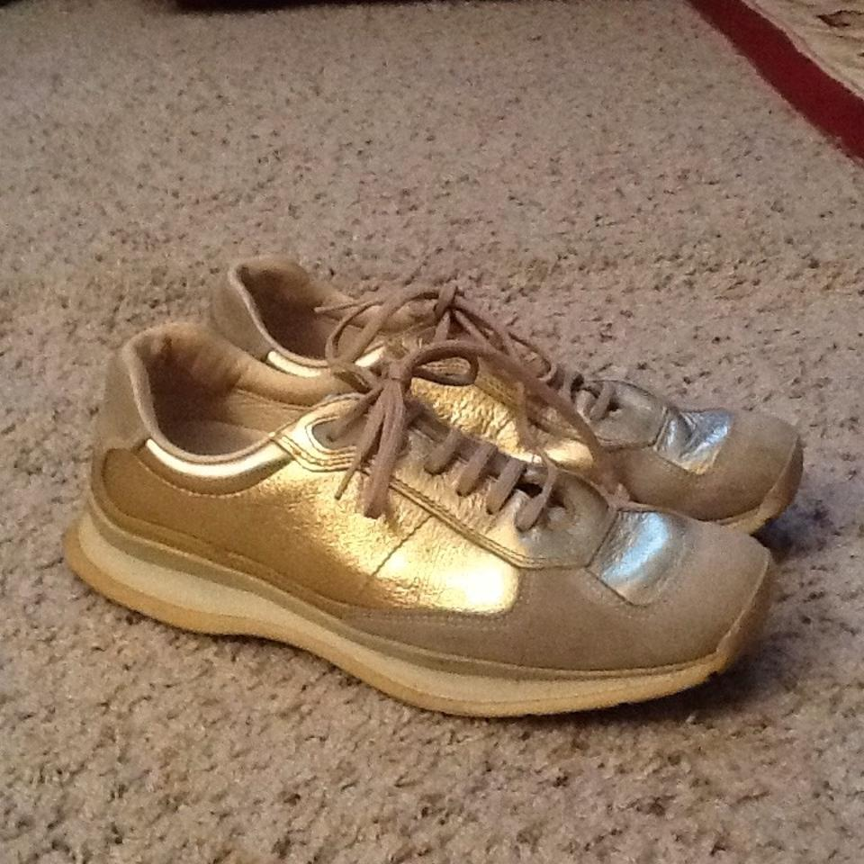All Sneakers Gold Prada Metallic Leather Sneakers Eg6P7qx