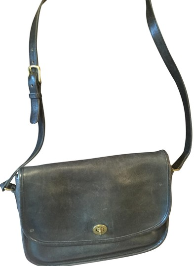 Preload https://img-static.tradesy.com/item/23879728/coach-vintage-bonnie-cashin-black-supple-leather-cross-body-bag-0-1-540-540.jpg