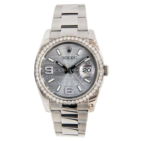 Preload https://img-static.tradesy.com/item/23879769/rolex-silver-datejust-wave-dial-stainless-steel-with-diamond-bezel-36mm-watch-0-0-540-540.jpg
