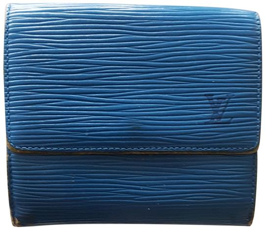 Preload https://img-static.tradesy.com/item/23880807/louis-vuitton-blue-lv-logo-epi-leather-tri-fold-wallet-0-1-540-540.jpg
