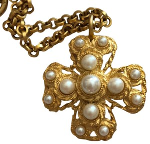Other Cross necklace pearls