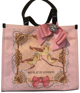 My Flat in London Tote in Pink