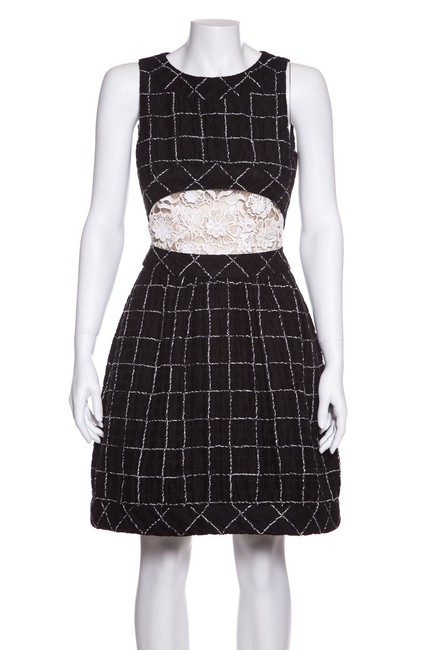 Preload https://img-static.tradesy.com/item/23886728/chanel-black-and-white-check-lace-textured-short-cocktail-dress-size-2-xs-0-0-650-650.jpg