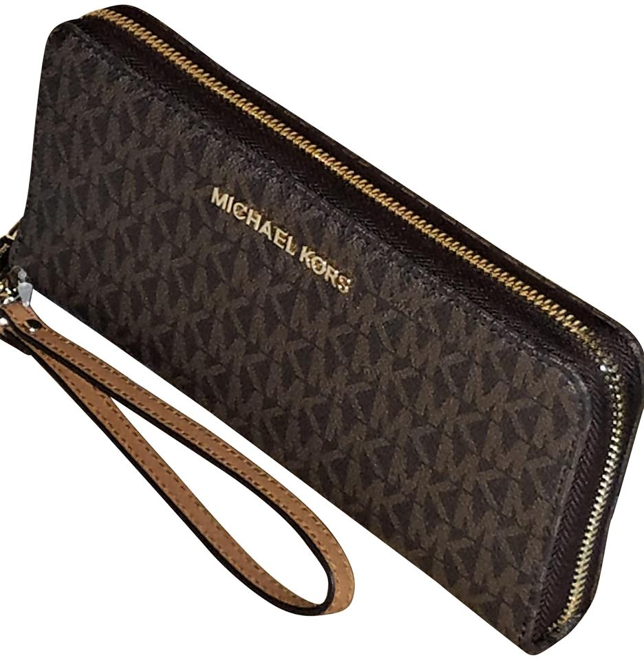 350a0d98acc84f Michael Kors MK Jet Set Travel Continental Large Wallet Wristlet Image 0 ...