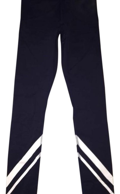 Preload https://img-static.tradesy.com/item/23887797/tory-sport-by-tory-burch-navy-activewear-bottoms-size-2-xs-26-0-1-650-650.jpg