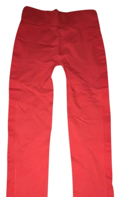 Preload https://img-static.tradesy.com/item/23887805/tory-sport-by-tory-burch-red-activewear-bottoms-size-2-xs-0-1-650-650.jpg