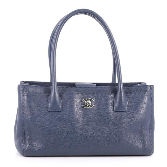 Preload https://item1.tradesy.com/images/chanel-cerf-executive-small-blue-leather-tote-23887825-0-0.jpg?width=440&height=440