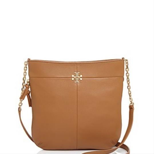 Preload https://item1.tradesy.com/images/convertible-brown-leather-shoulder-bag-23887885-0-0.jpg?width=440&height=440