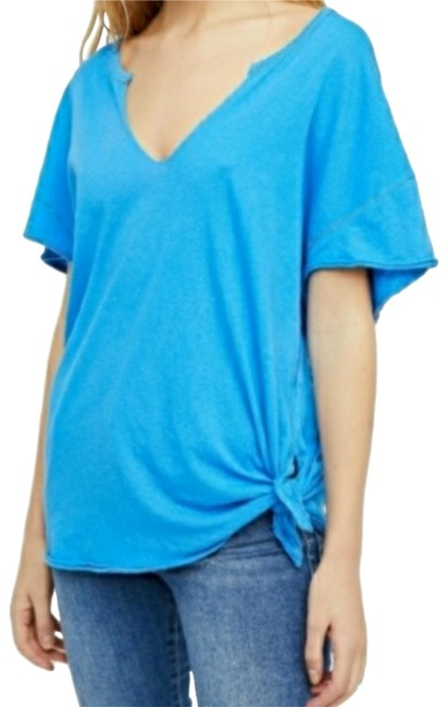 Preload https://item3.tradesy.com/images/free-people-blue-raw-edge-detail-tee-shirt-size-2-xs-23887892-0-1.jpg?width=400&height=650