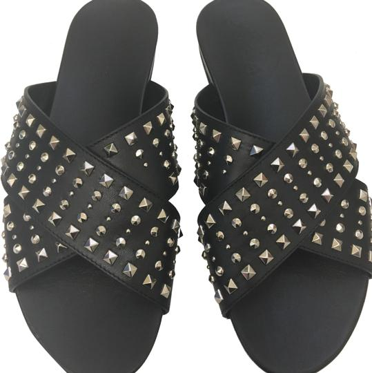 Preload https://img-static.tradesy.com/item/23887895/gucci-black-hydra-criss-cross-studded-leather-sandals-size-eu-375-approx-us-75-regular-m-b-0-1-540-540.jpg