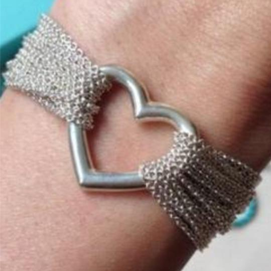 Preload https://item4.tradesy.com/images/tiffany-and-co-silver-toggle-bracelet-23887903-0-2.jpg?width=440&height=440