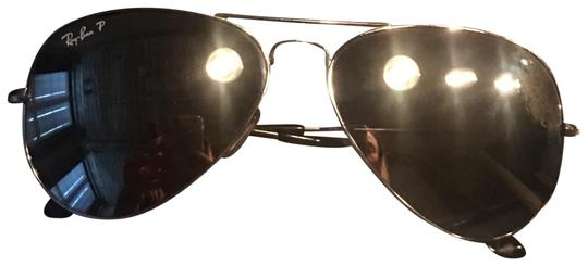 Preload https://item2.tradesy.com/images/ray-ban-silver-aviators-with-mirrored-lens-sunglasses-23887956-0-1.jpg?width=440&height=440
