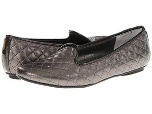 Vaneli Sheron Womens Quilted Faux Leather Slip On Loafers Pewter Flats
