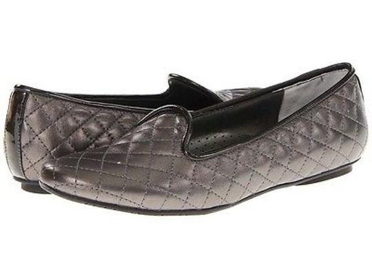 Vaneli Sheron Womens Quilted Faux Slip On Loafers Pewter Flats