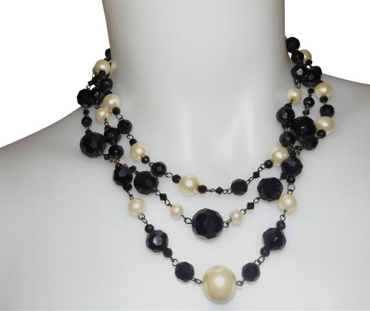 Preload https://item3.tradesy.com/images/white-house-black-market-and-necklace-23888002-0-1.jpg?width=440&height=440