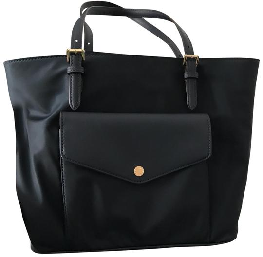 Preload https://item1.tradesy.com/images/michael-kors-new-jet-set-item-large-pocket-multi-function-navy-blue-nylon-with-leather-detail-tote-23888015-0-1.jpg?width=440&height=440